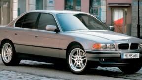 Une BMW 740i de 22 ans mais comme neuve à vendre sur le net