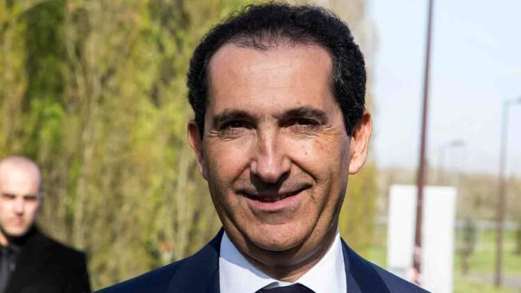 BFM porte plainte contre Free et exige 7 millions d'euros