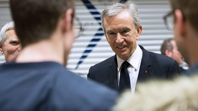 Le n°1 du luxe LVMH devient la première entreprise d'Europe en Bourse !