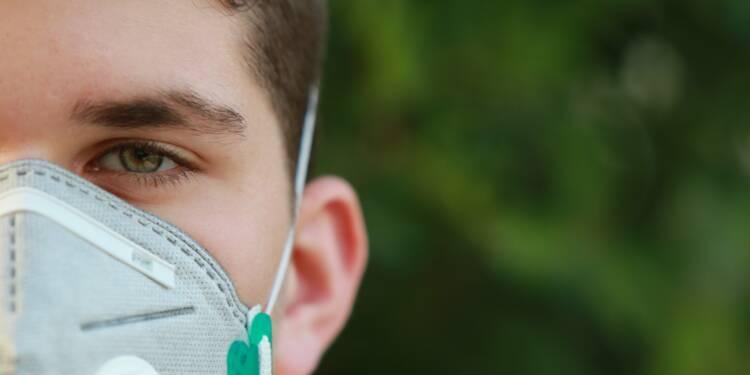 """La """"lente agonie"""" de la première usine française de masques respiratoires"""