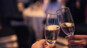 Rhône : ils buvaient du champagne dans un bar en plein confinement