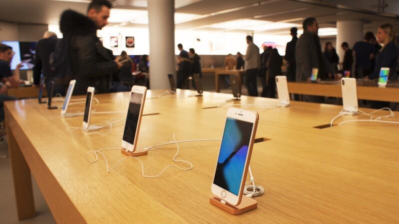 Apple dévoile son nouvel iPhone à prix cassé