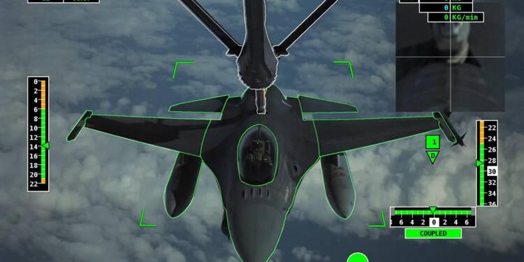 Airbus réussit le premier ravitaillement en vol automatisé d'un avion de chasse
