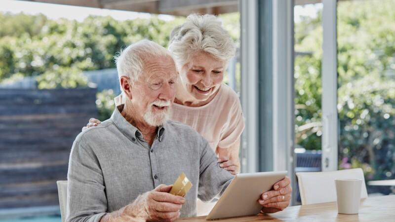Frais bancaires : les banques les moins chères en 2020 pour les retraités