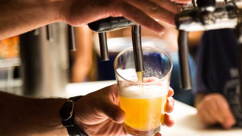 Bière : le confinement risque de plomber les ventes, avertit Kronenbourg