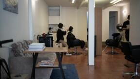 Coiffer jour et nuit : l'idée surprenante d'un coiffeur de Mayenne