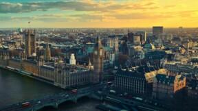 Tous les étrangers qui arrivent en Grande-Bretagne sont mis en quarantaine