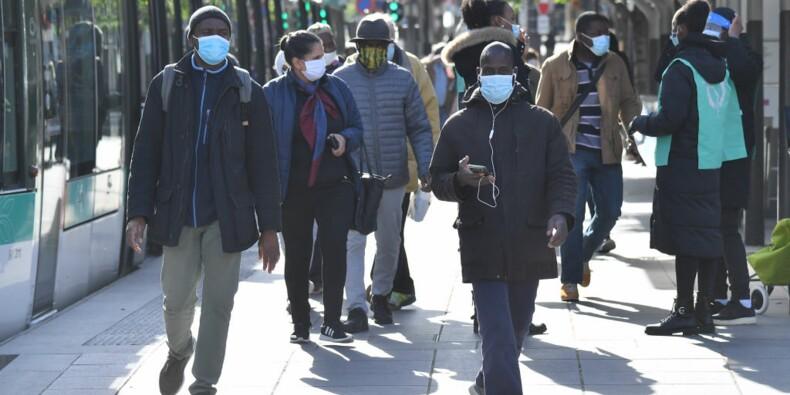 Jusqu'à quinze jours d'attente pour obtenir un masque de la ville à Paris