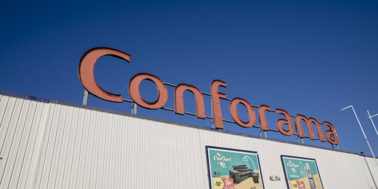 """Conforama : les syndicats demandent des """"informations fiables"""" à Bercy sur l'avenir de l'enseigne"""