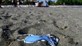 Les plages d'Australie envahies par des masques