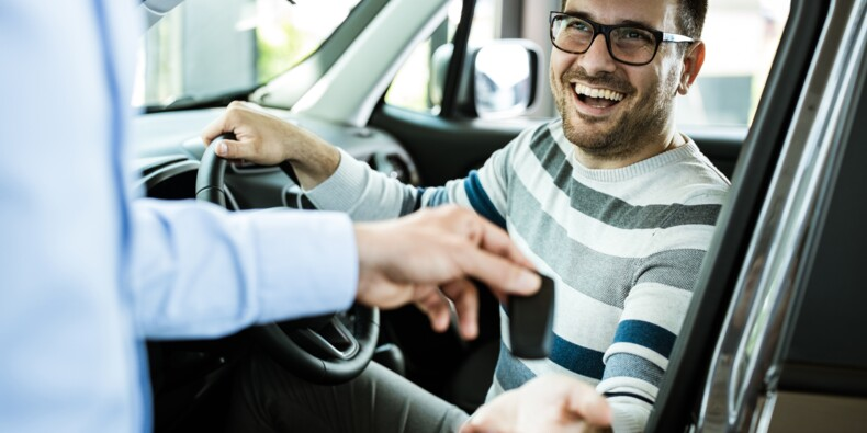 Vacances : avez-vous pensé à louer une voiture à un particulier ?