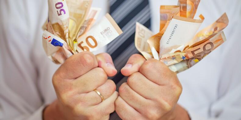 Emploi : Emmanuel Macron ne doit pas orchestrer une baisse des salaires, avertit FO