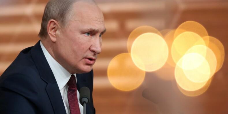 Pour atteindre Vladimir Poutine, les visiteurs doivent traverser un tunnel de désinfection