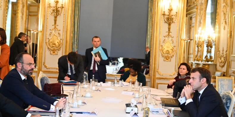 """""""Il faudra une nouvelle affaire pour aboutir à la création d'un déontologue du gouvernement"""", selon René Dosière, président de L'Observatoire de l'éthique publique"""