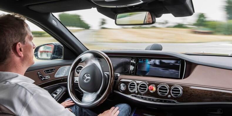 Les voitures autonomes devront être équipées d'une boîte noire