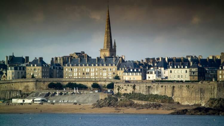 Bretagne : les habitants n'en peuvent plus des odeurs de pomme de terre pourrie de l'usine voisine