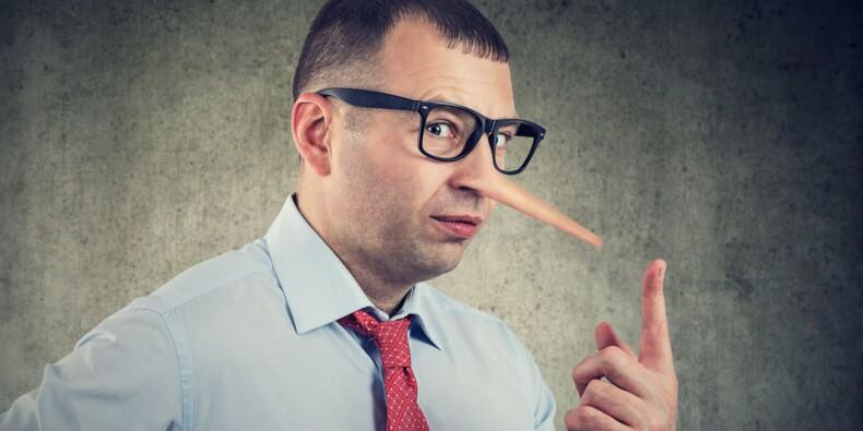 Peut-on s'autoriser à mentir (un peu) à son chef ?
