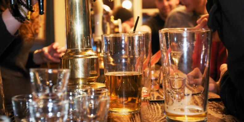 La solution radicale d'un pub anglais pour faire respecter la distanciation sociale