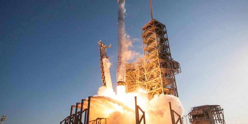 SpaceX : un milliardaire va offrir 8 tickets pour venir avec lui dans l'espace