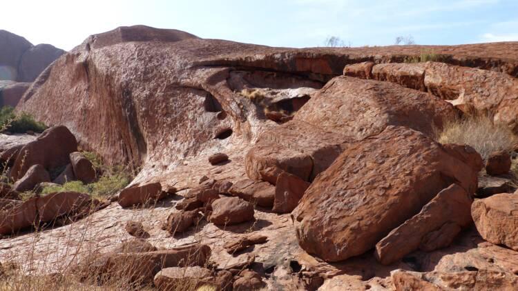 Australie : après le dynamitage d'un site aborigène historique, le n°1 d'un géant minier démissionne