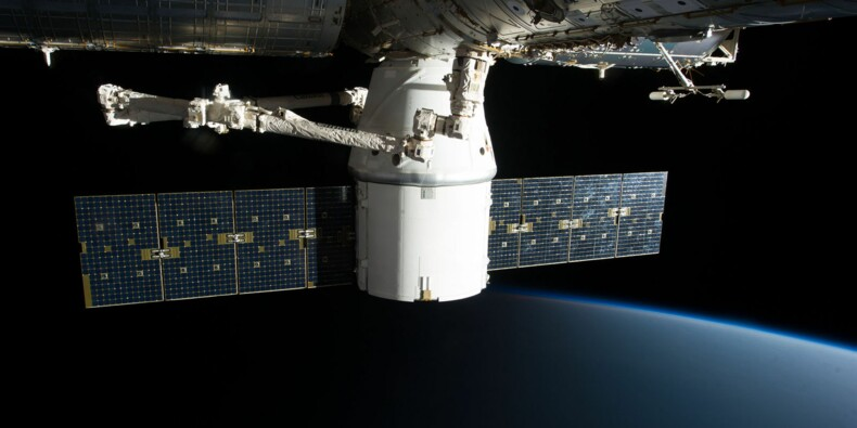 La station spatiale internationale a (encore) dû éviter des débris en urgence