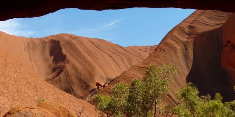"""Les propriétaires d'un site aborigène dynamité par un géant minier l'accusent de """"vandalisme"""""""