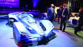 """Le fils de Bernard Tapie veut faire revivre la """"voiture la plus rapide du monde"""""""