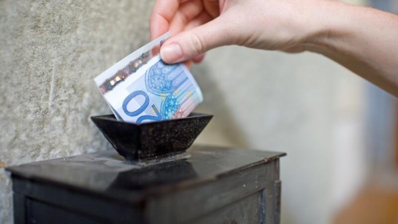 Comment le Vatican a utilisé les dons pour spéculer sur la faillite d'Hertz