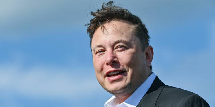 Elon Musk déclare la guerre à la Lucid Air sur Twitter