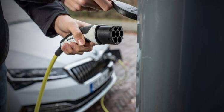 Leclerc, Carrefour, Lidl… la grande distribution est-elle bien équipée en bornes pour voitures électriques ?