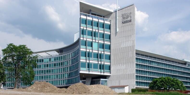 Nestlé relève ses prévisions pour 2020, porté par des ventes solides