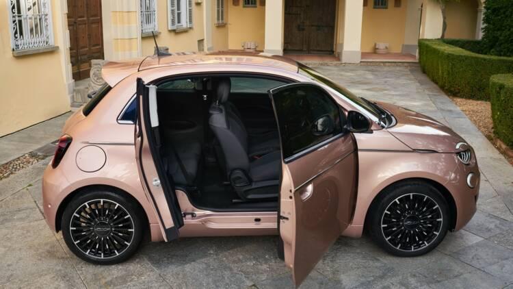 Fiat 500 3+1 : à bord de cette inédite version qui sera lancée en 2021