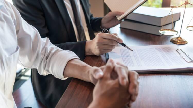 Assurance vie : puis-je changer le bénéficiaire dans mon testament ?