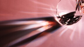 Le faramineux montant atteint aux enchères par un diamant rose