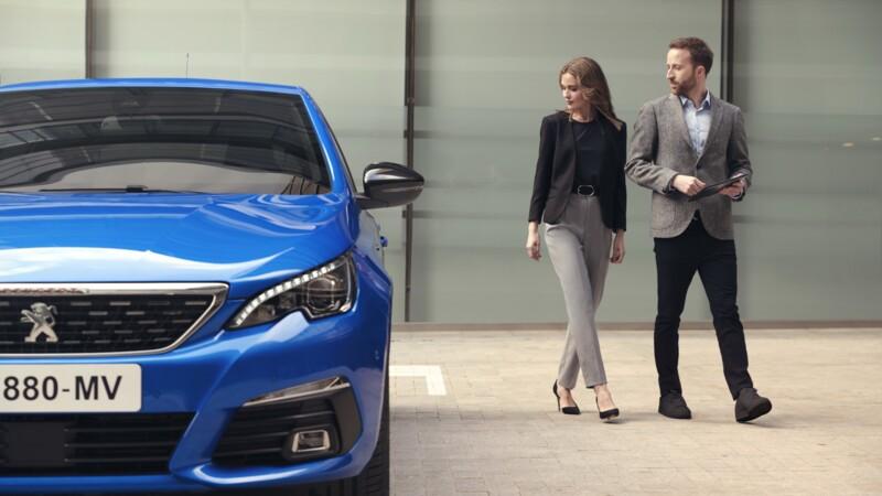 Auto : les ventes de Citroën, Peugeot et Renault plongent, mais Dacia explose