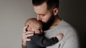 """Congé paternité : après l'Assemblée nationale, le Sénat vote une mesure """"historique"""""""