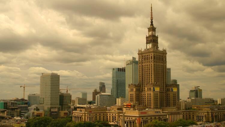 Covid-19 : record d'infections en Pologne, la Lituanie, la Lettonie et l'Estonie inquiètent