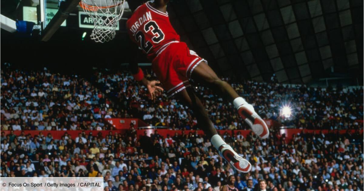 Para aumentar Merecer extraño  Des maillots de Michael Jordan et Barack Obama vendus une fortune aux  enchères - Capital.fr