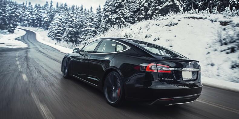 Tesla cale en Bourse, nouvelle augmentation de capital massive
