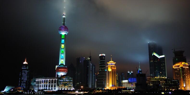 """La Chine critique les sanctions """"folles et déplorables"""" des Etats-Unis sur Hong Kong"""