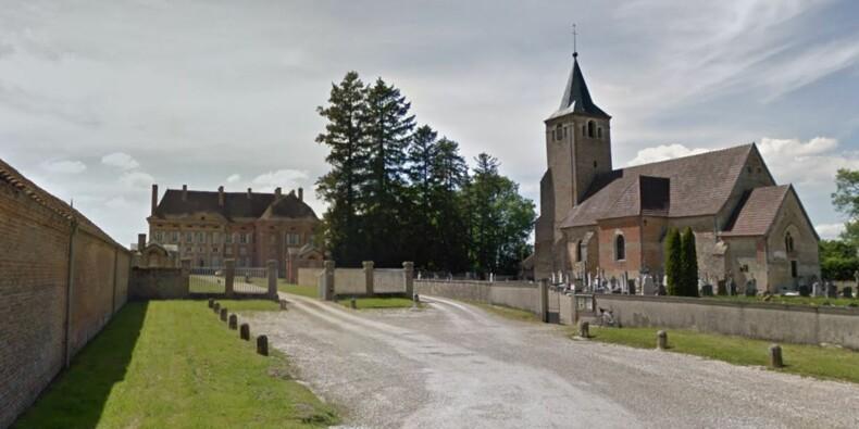 Un maire du Jura en grève de la faim pour son église