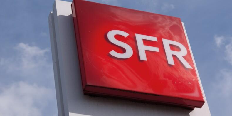 """800 salariés SFR (Altice) en grève face aux suppressions d'emplois, une """"première"""""""