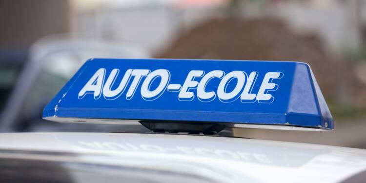 Reconfinement : les auto-écoles pourront continuer à donner des heures de conduite