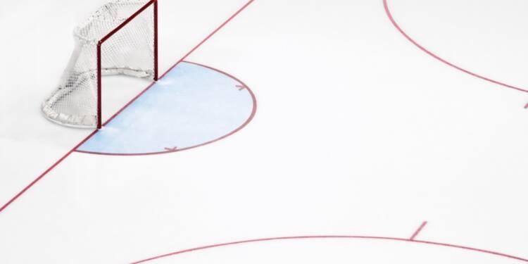 Une messe de Noël dans une patinoire fait polémique à Gap