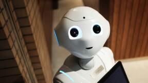 Ces robots humanoïdes fêtent le Nouvel An avec humour !