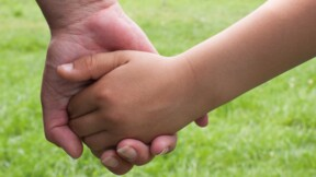 Adoption plénière : définition, conditions et procédure