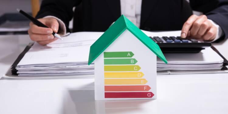 Immobilier: les hausses de loyers à la relocation définitivement conditionnées à la performance énergétique du bien