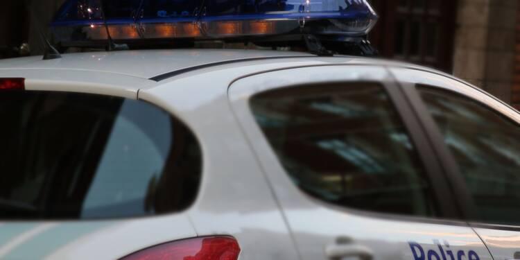 Un homme contaminé crache sur des policiers, 24 agents à l'isolement