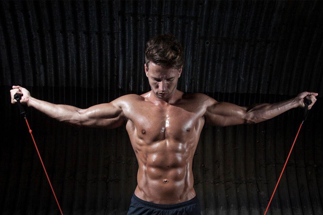 Experte zeigt genialen Trick für Bauchmuskeln aus Stahl