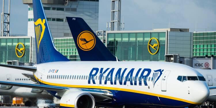 Annulations: Ryanair dit avoir trouvé un vol pour la moitié des clients